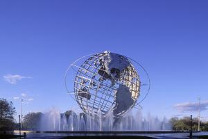 Unisphere, Flushing Meadow Park, Queens, New York, USA by Peter Bennett