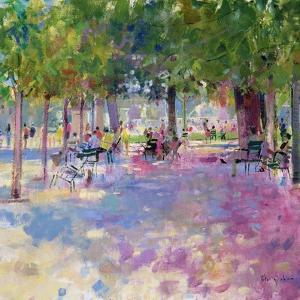 Tuileries, Paris by Peter Graham