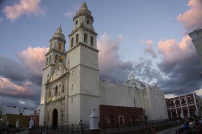 Cathedral de Nuestra Signora de Purisima Concepcion, Campeche, UNESCO World Heritage Site, Yucatan, by Peter Groenendijk