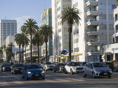 City centre, Santa Monica, California, United States of America, North America by Peter Groenendijk