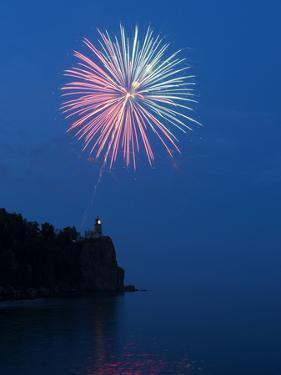 Fireworks, Split Rock Lighthouse, Minnesota, USA by Peter Hawkins