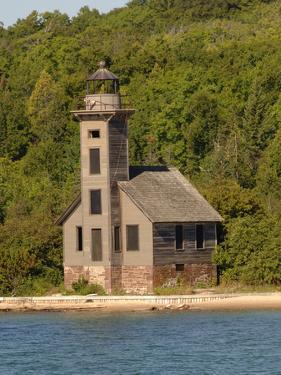 Grand Island East Channel Lighthouse, Michigan, USA by Peter Hawkins