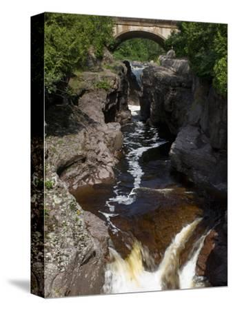 Temperance River State Park, Schroeder, Minnesota, USA by Peter Hawkins