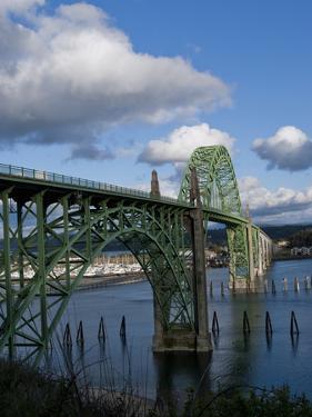 Us 101 Bridge, Newport, Oregon, USA by Peter Hawkins