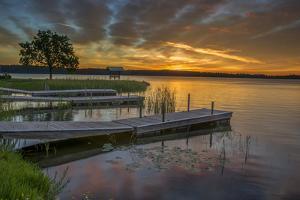 USA, Minnesota, Walker, Leech Lake by Peter Hawkins