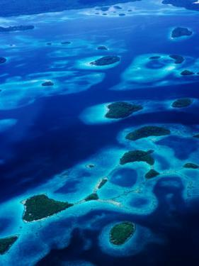 Marovo Lagoon in the Solomon Islands, Marovo Lagoon, Western Province, Solomon Islands by Peter Hendrie