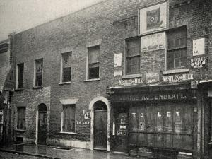 Shop to Let, East End of London by Peter Higginbotham