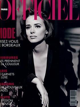 L'Officiel, October-November 1992 - Lara Harris, Qui Porte une Veste Smoking de Giorgio Armani by Peter Lindbergh