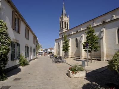 Church at La Couarde Sur Mer, Ile De Re, Charente-Maritime, France, Europe