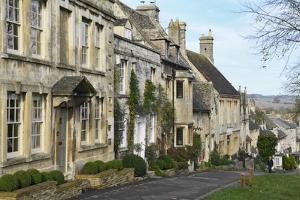 Cotswold Cottages Along the Hill, Burford, Cotswolds, Oxfordshire, England, United Kingdom, Europe by Peter Richardson