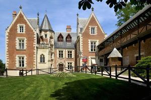 Leonardo da Vinci's House and Museum, Clos Luce, Amboise, Indre-Et-Loire, Loire Valley, France by Peter Richardson