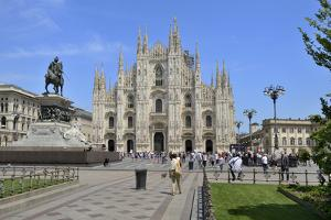 Milan Cathedral (Duomo), Piazza Del Duomo, Milan, Lombardy, Italy, Europe by Peter Richardson
