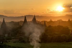 Sunset in Bagan (Pagan), Myanmar (Burma), Asia by Peter Schickert