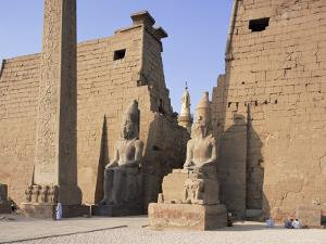 Colossi of Rameses II, Luxor Temple, Luxor, Unesco World Heritage Site, Thebes, Egypt by Peter Scholey