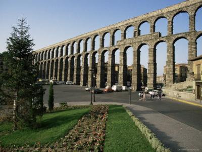 Roman Aqueduct, Segovia, Unesco World Heritage Site, Castilla Leon, Spain by Peter Scholey