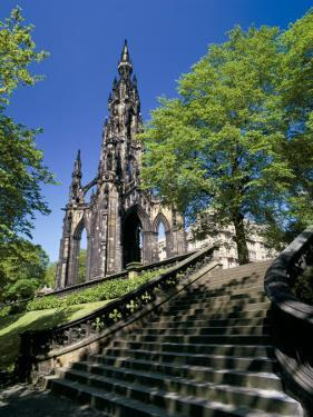 Scott Monument, Edinburgh, Lothian, Scotland, United Kingdom by Peter Scholey