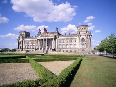 The Reichstag, Berlin, Germany by Peter Scholey