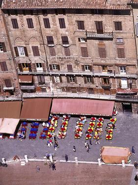 Birds Eye Veiw of Sienna-Il Campo, Tuscany, Italy by Peter Thompson