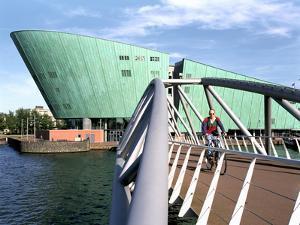 New Metropolis (Nemo), Amsterdam, Netherlands by Peter Thompson