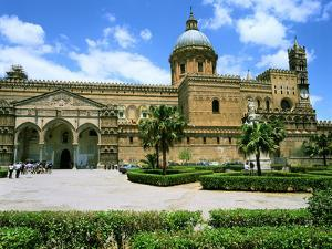 Palermo Cathedral, Sicily, Italy by Peter Thompson