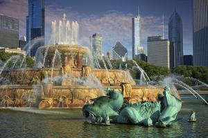 USA, ILlinois, Chicago, Buckingham Fountain in Downtown Chicago by Petr Bednarik