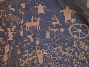 USA, Utah, Newspaper Rock. Ancient Petroglyphs by Petr Bednarik