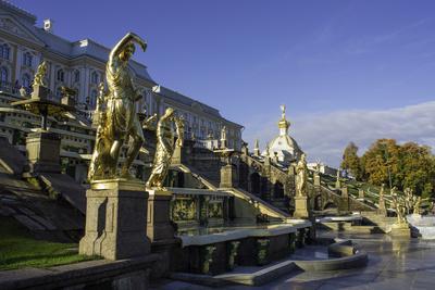 https://imgc.allpostersimages.com/img/posters/petrodvorets-peterhof-summer-palace-near-st-petersburg-russia_u-L-PWFRZ00.jpg?p=0