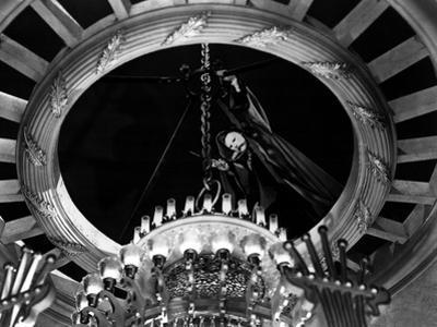Phantom Of The Opera, Claude Rains, 1943, Chandelier