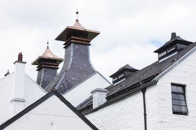 Dalwhinni Distillery, Inverness-Shire, Scotland by phbcz