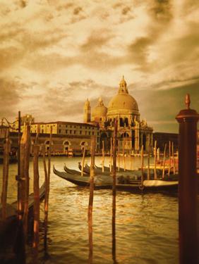 Venezia Sunset II by Philip Clayton-thompson