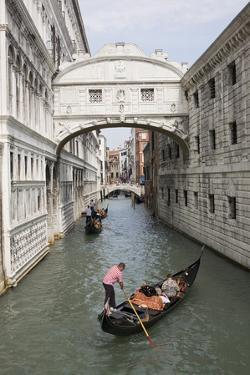 Bridge of Sighs, Venice, UNESCO World Heritage Site, Veneto, Italy, Europe by Philip Craven