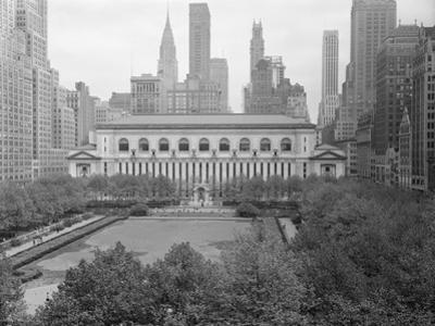 Bryant Park Looking toward Public Library by Philip Gendreau