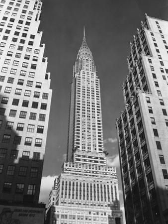 Manhattan's Chrysler Building by Philip Gendreau