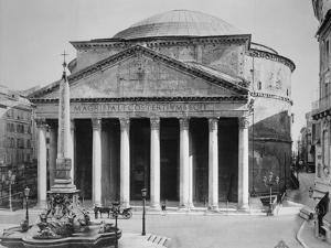 Pantheon and Obelisk Fountain in Piazza Della Rotonda by Philip Gendreau