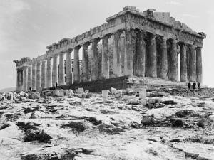 Parthenon by Philip Gendreau