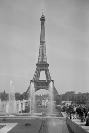 View of the Eiffel Tower by Philip Gendreau