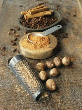 Cloves, Nutmeg, Cinnamon (Ground, Grated and Whole) by Philip Webb
