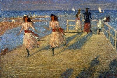 Girls Running, Walberswick Pier