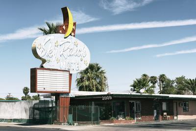 American West - Sky Ranch Motel