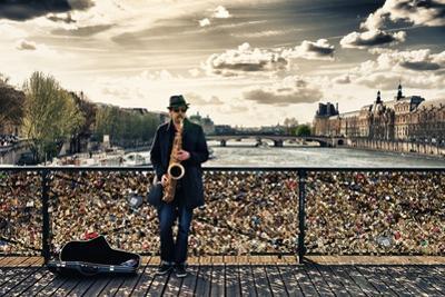 Artist - Pont des Arts - Paris - France by Philippe Hugonnard