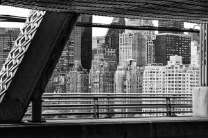 Black Manhattan Collection - Between two Bridges by Philippe Hugonnard