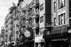 Black Manhattan Collection - Old Buildings by Philippe Hugonnard