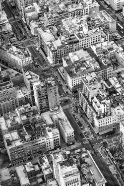 Black Manhattan Collection - Transversal by Philippe Hugonnard