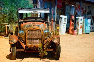 Cars - Ford - Route 66 - Gas Station - Arizona - United States by Philippe Hugonnard