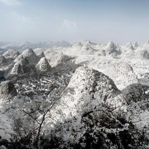 China 10MKm2 Collection - Another Look - Yangshuo by Philippe Hugonnard