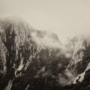 China 10MKm2 Collection - Mount Huashan - Shaanxi by Philippe Hugonnard