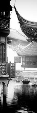 China 10MKm2 Collection - Traditional Architecture in Yuyuan Garden - Shanghai by Philippe Hugonnard