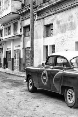 Cuba Fuerte Collection B&W - 1953 Pontiac Original Classic Car IV by Philippe Hugonnard