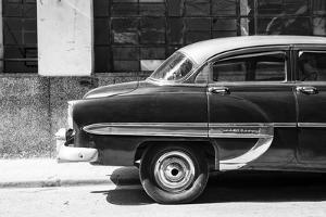 Cuba Fuerte Collection B&W - American Bel Air Chevy by Philippe Hugonnard