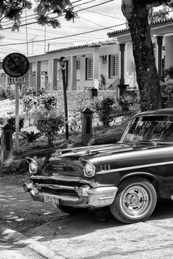Cuba Fuerte Collection B&W - American Classic Car - Chevrolet IV by Philippe Hugonnard